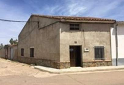 House in calle Peral, nº 30